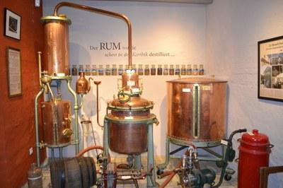 Geräte zur Rumherstellung