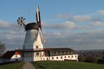 Düppeler Mühle bei klarer Sicht